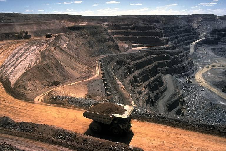 1332157917_strip_coal_mining