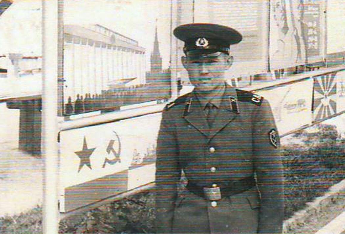 Бердібек Сапарбаев Фото из Германии на память другу Б.Курманбекову 22 августа 1971 года